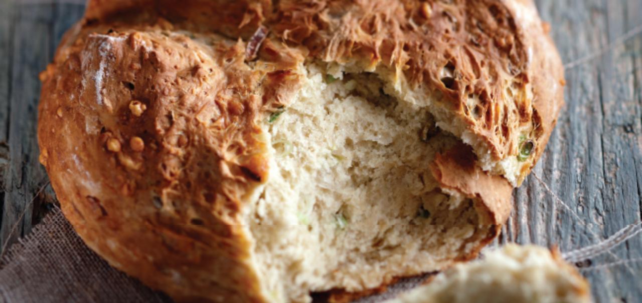 Cheddar & Spring Onion Soda Bread