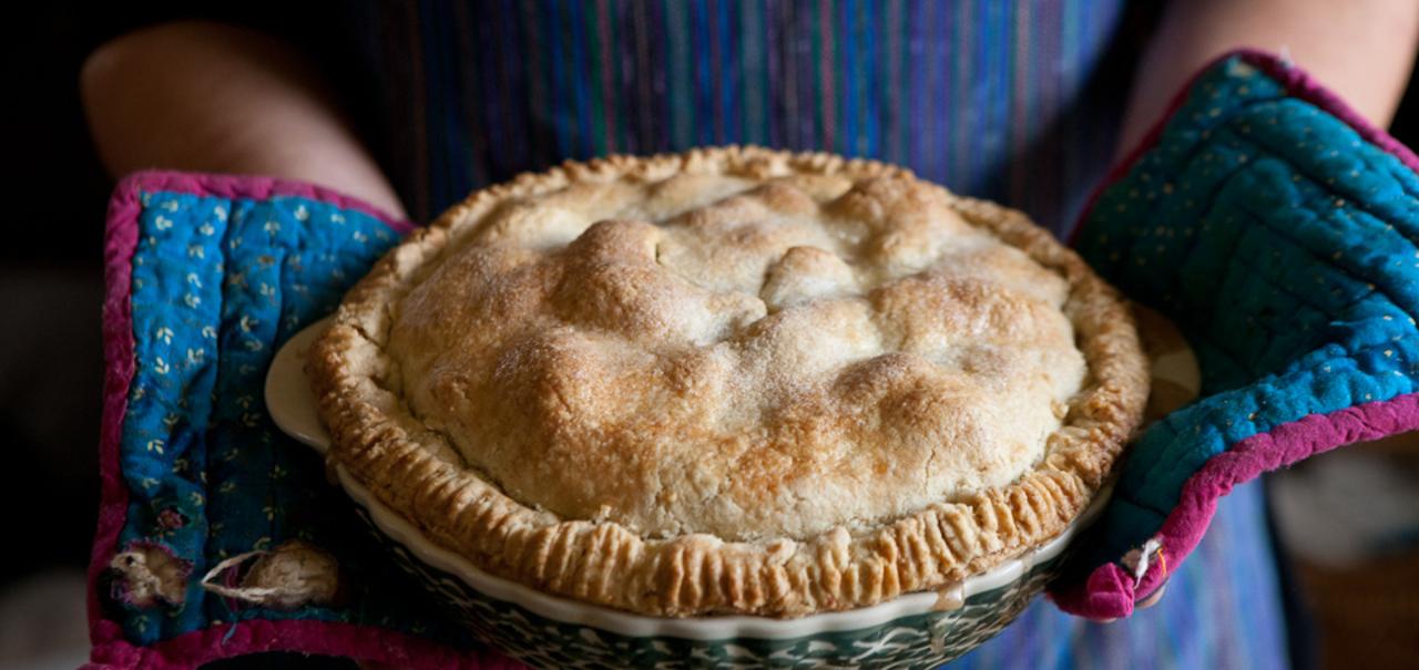 Apple Pie with an Irish Cheddar Crust