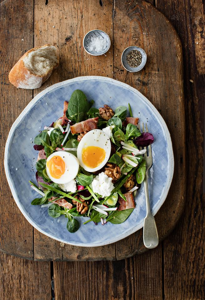 Goats' Cheese Salad with Walnuts